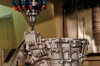 Maßgenaue CNC-Bohrarbeiten bei der Grün GmbH