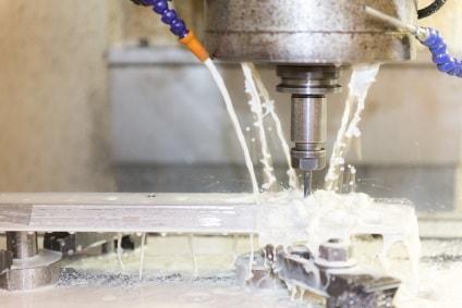 CNC-Fräsen mit Präzision bei der Gevotec GmbH