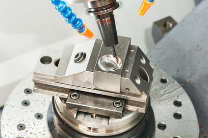 Zertifizierte CNC-Fertigung von der Frank Pöker GmbH