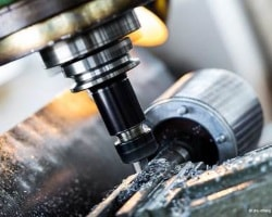 CNC-Bohren ab 0,1 mm Durchmesser