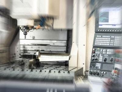 CNC-Bohren bei der Lakatos & Söhne GmbH