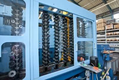 Maschinenpark mit modernster Technik bei der Spitzl Fertigungs GmbH