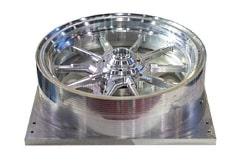 Gefräste Aluminiumfelge mit absoluter Präzision für den Rennsport